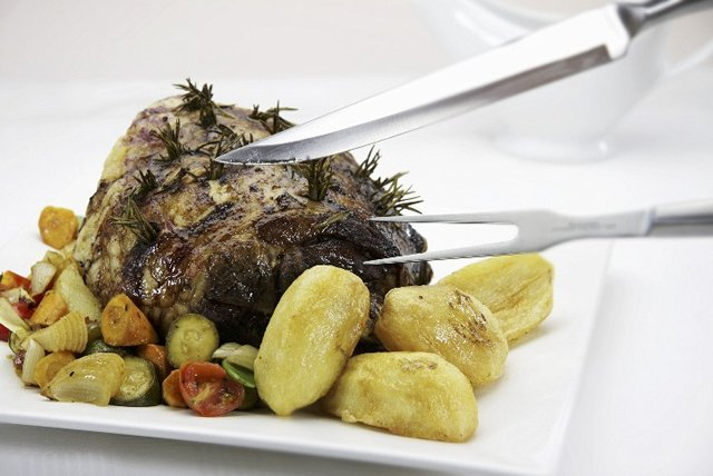 Roasted Leg of Lamb with Potatoes and Zucchini Image 1