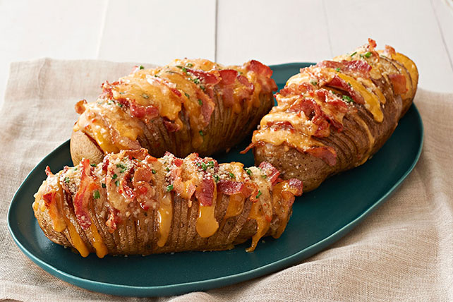 Cheesy Bacon Hasselback Potatoes Image 1