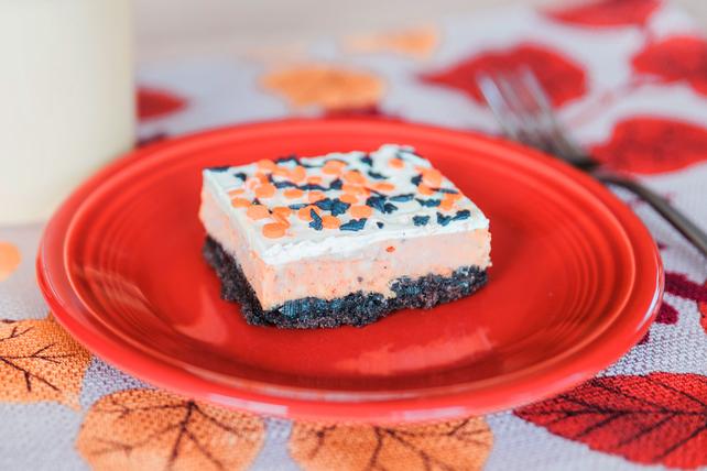 Pumpkin Cheesecake Squares Image 1