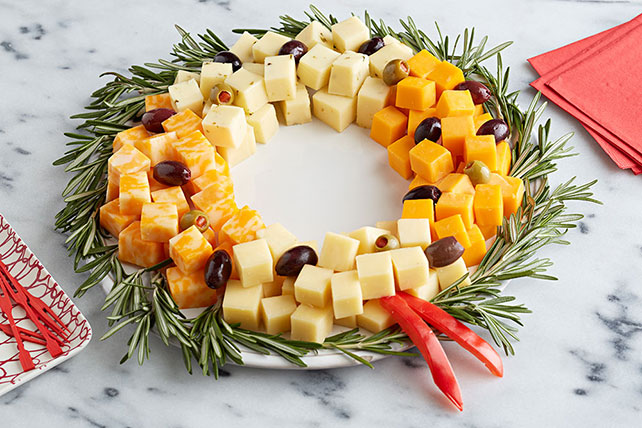 Easy Cheese Wreath Image 1