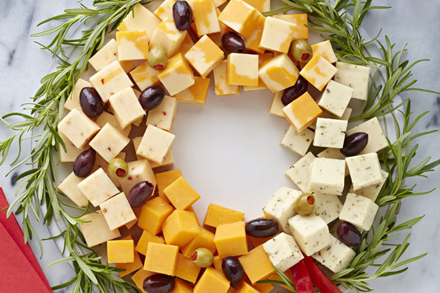 Easy Cheese Wreath Image 1