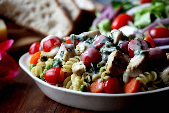 Grilled Chicken, Veggie and Pasta Salad Image 1