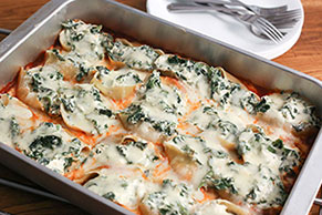 Cheesy Sausage-Spinach Stuffed Shells