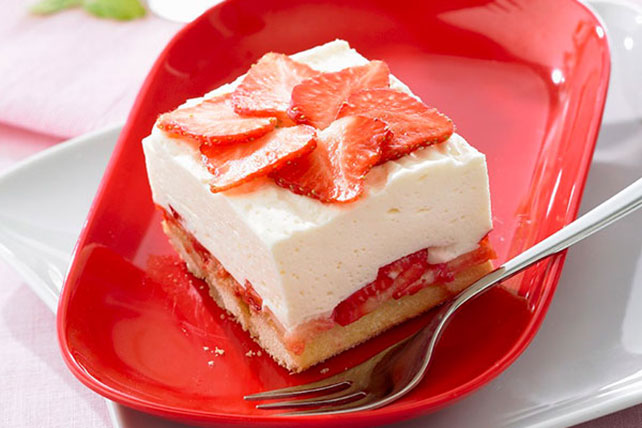 No-Bake Strawberry-Lemon Cheesecake Image 1