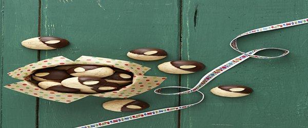 Polvorones con cobertura de chocolate