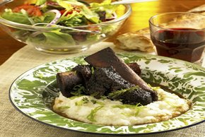 Sweet and Spicy Short Ribs with Cheesy Polenta Image 2