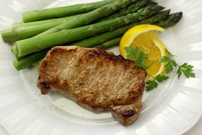 Marinated Pork Chops with Asparagus Image 2