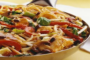 Asian Chicken Noodle & Veggie Stir-Fry Image 2