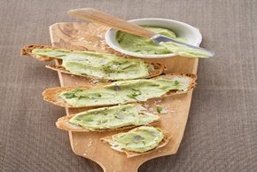 Avocado-Hummus Bruschetta Image 2