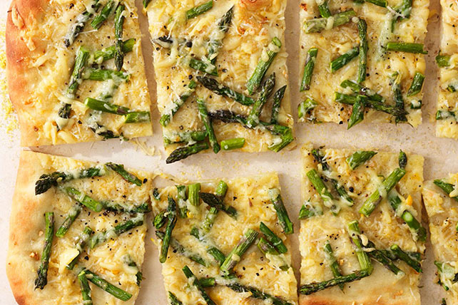 Cheesy Asparagus Pizza