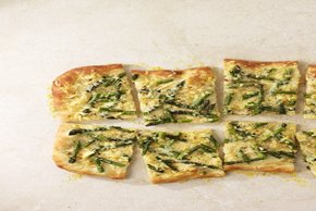 Cheesy Asparagus Pizza Image 2