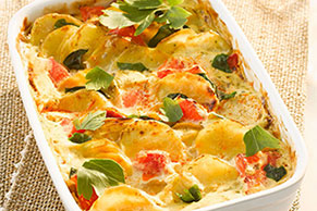 Tomato-Topped Cheesy Potato Bake
