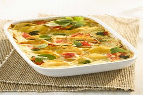 Tomato-Topped Cheesy Potato Bake Image 2