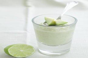Avocado-Lime Smoothies for Two Image 2