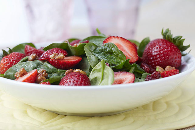 Spinach Salad with Strawberries Image 1