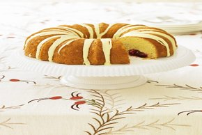 Cranberry-Filled Cheesecake Pound Cake Image 2