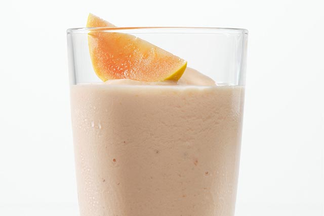 White Peach Smoothie Image 1
