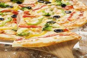 Cheese and Veggie Pizza Image 2