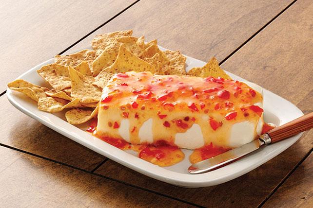 Cremoso dip dulce de chile con queso Image 1