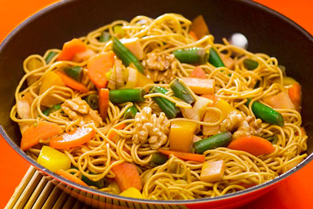 Asian Vegetable Noodles Image 1