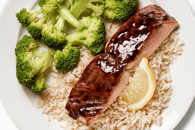 BBQ Salmon with Garlicky Rice Image 1