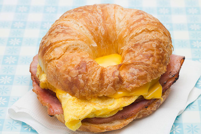 Croissant Breakfast Sandwich Recipe - Kraft Canada