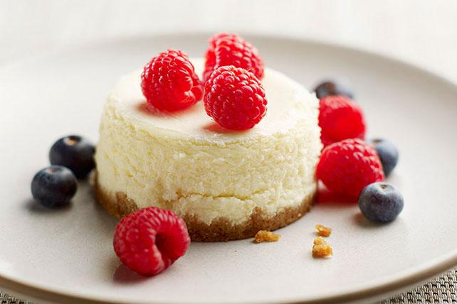 Mini Classic Cheesecakes Image 1