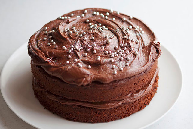 Chocolate Layer Cake with Creamy Frosting