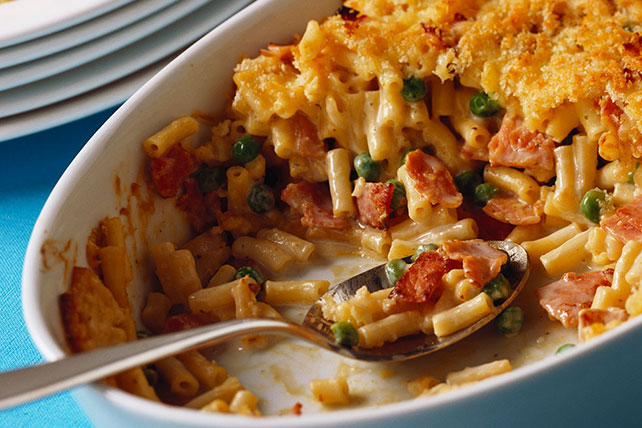 Mac and Cheese Casserole with Bacon and Peas Image 1