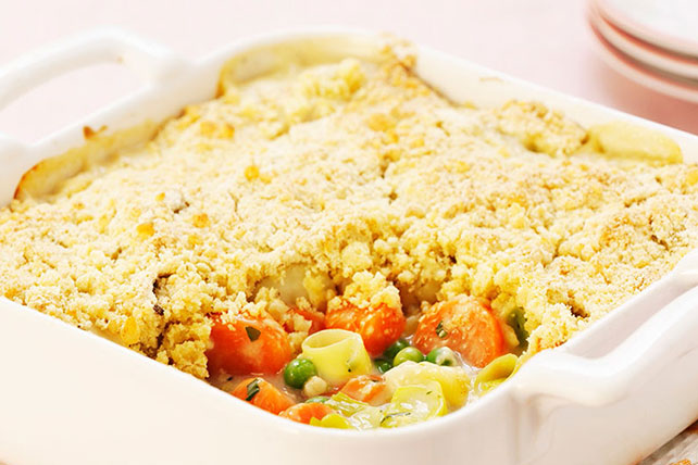 Pasta Bake with Peas, Carrots and Tomatoes