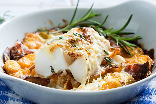 Cheesy Oven-Baked Cod with Carrots and Bacon Image 1