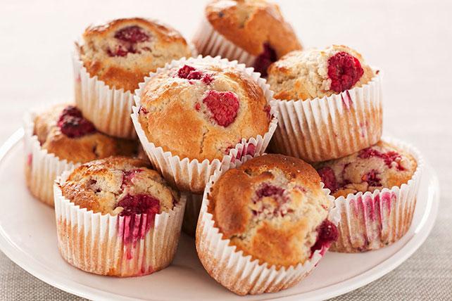 Znalezione obrazy dla zapytania: muffin with raspberry
