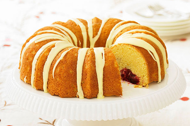 Cranberry-Filled Pound Cake Image 1
