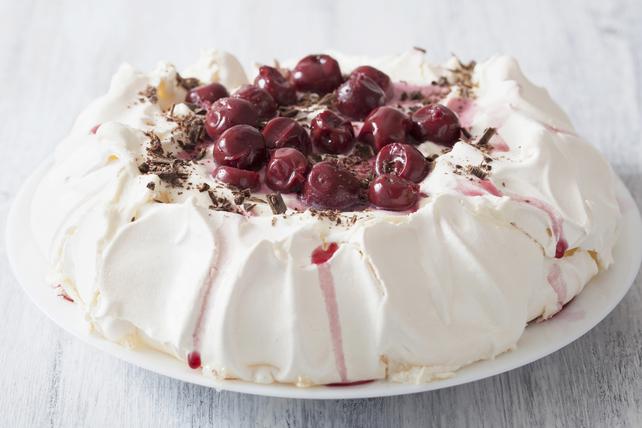 Pavlova aux cerises et au chocolat Image 1