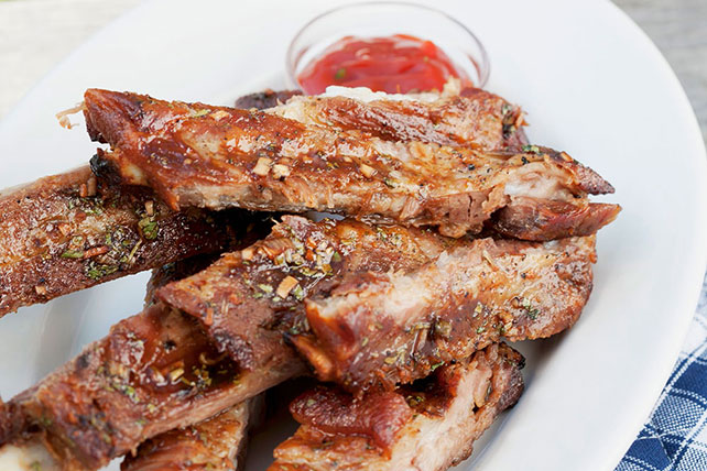Easy Oven Ribs with Sriracha Barbecue Sauce Image 1