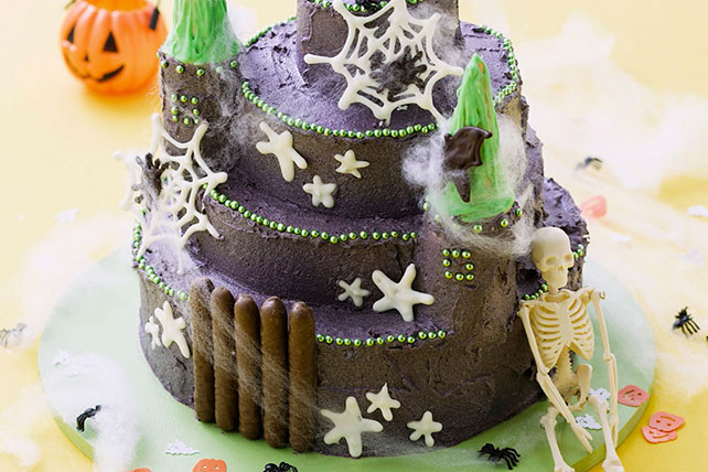 Chocolate Haunted House Cake Image 1