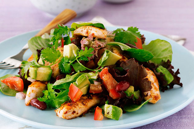 Salad with Avocado and Zesty Chicken Image 1