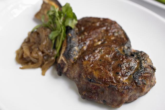 Biftecks marinés au soya pour deux Image 1