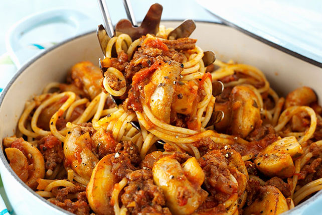 Spaghetti with Sausage and Mushrooms Image 1