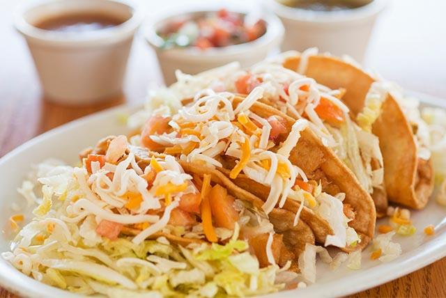 Crunchy Chicken Tacos Image 1