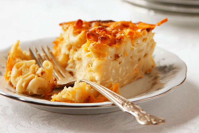 Easy Macaroni and Cheese Pie Image 1