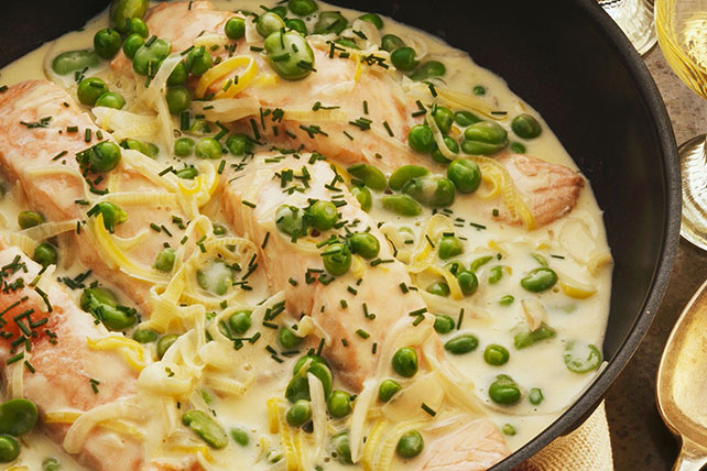 Salmon in Dill Cream Sauce Image 1