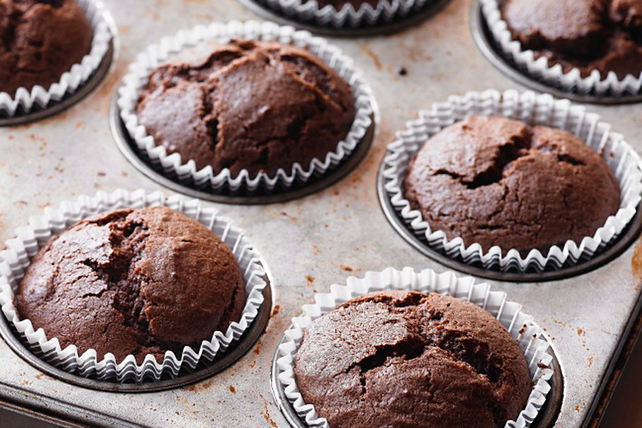 Double-Chocolate Banana Muffins Image 1