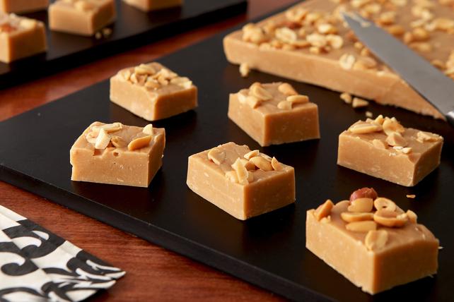 Creamy Marshmallow-Peanut Butter Fudge Image 1