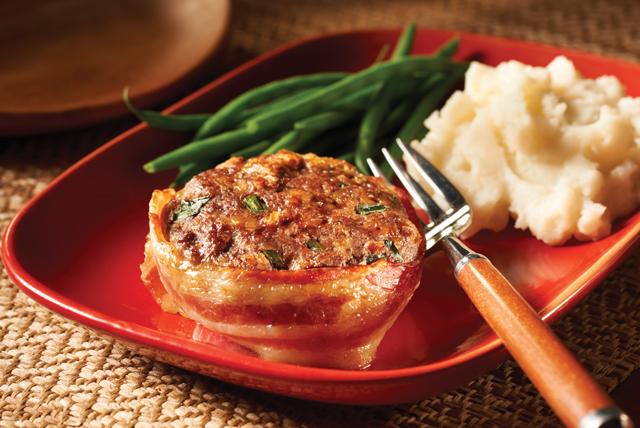 Mini pasteles de carne con queso y tocino Image 1
