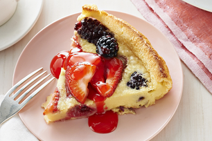 Fresh Berry Dutch Baby Pancake
