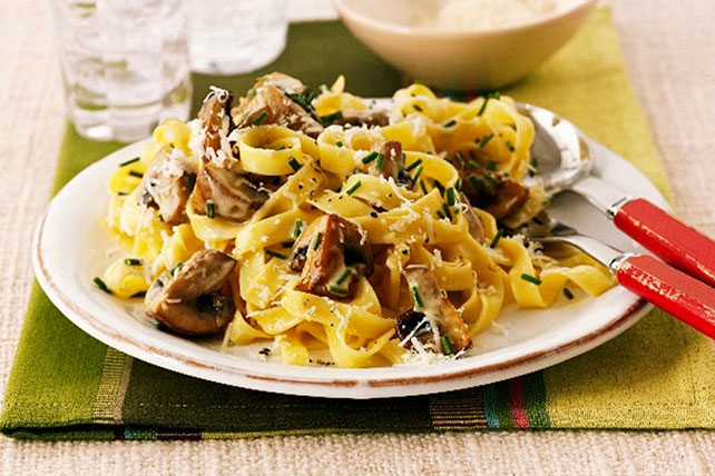 Creamy Pasta with Mushrooms & Chives Image 1