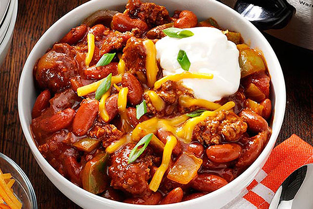 Slow Cooker Game Day Chili Image 1