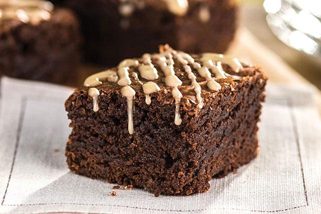 Sencillos brownies con glaseado a la moca Image 1