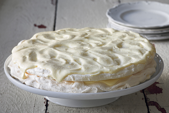 Lemon Meringue Cake Image 1